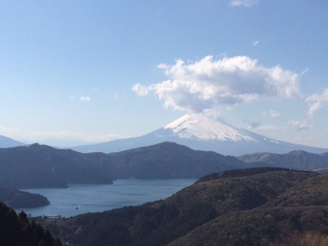 大観山からの芦ノ湖と富士山の眺め