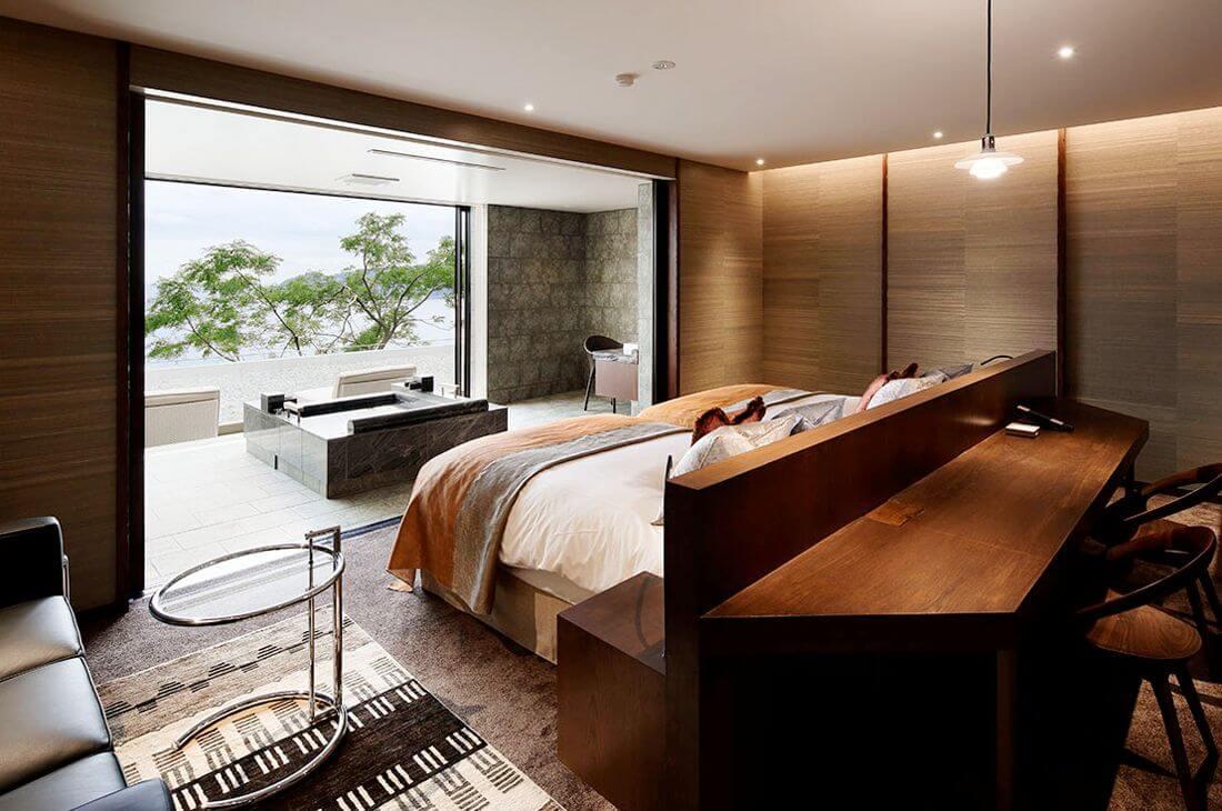 伊豆のおすすめ高級旅館 ザ・ひらまつ ホテルズ&リゾーツ 熱海の客室①