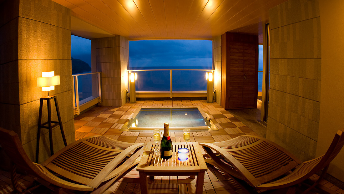 伊豆で誕生日を祝う宿 浜の湯の貸切風呂