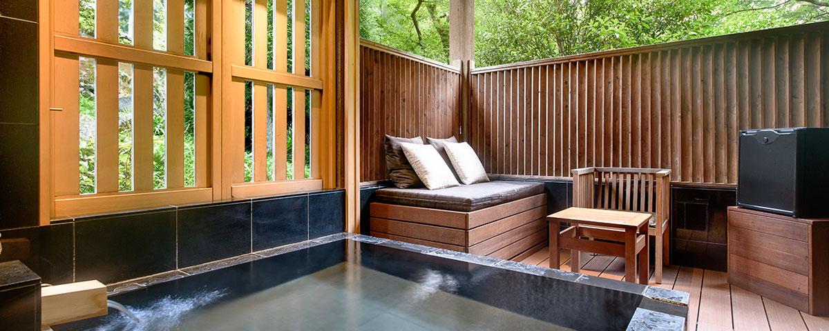 箱根のおすすめ高級旅館 翠松園の露天風呂