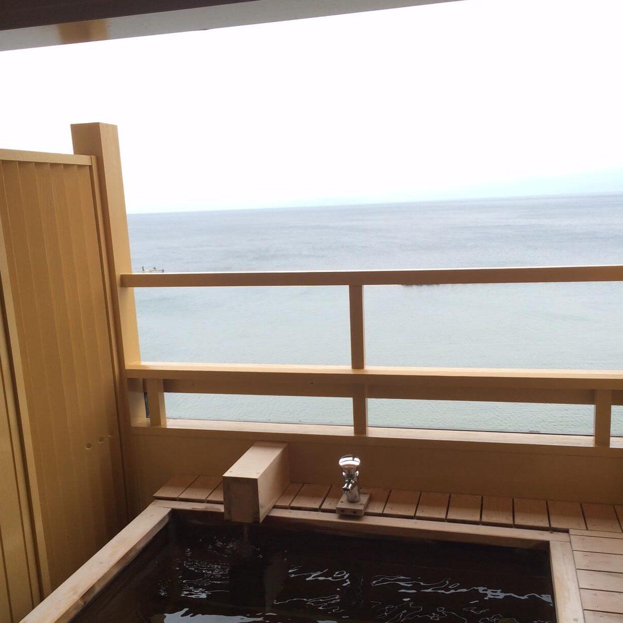 畳の湯 湯の花亭の露天風呂付き客室画像