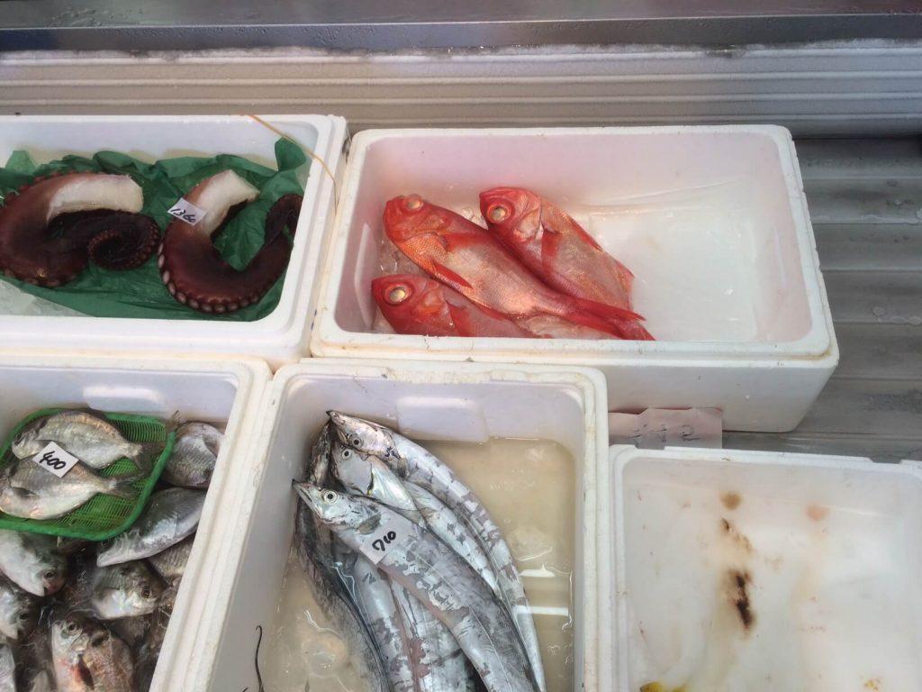 大磯 魚金の金目鯛と太刀魚