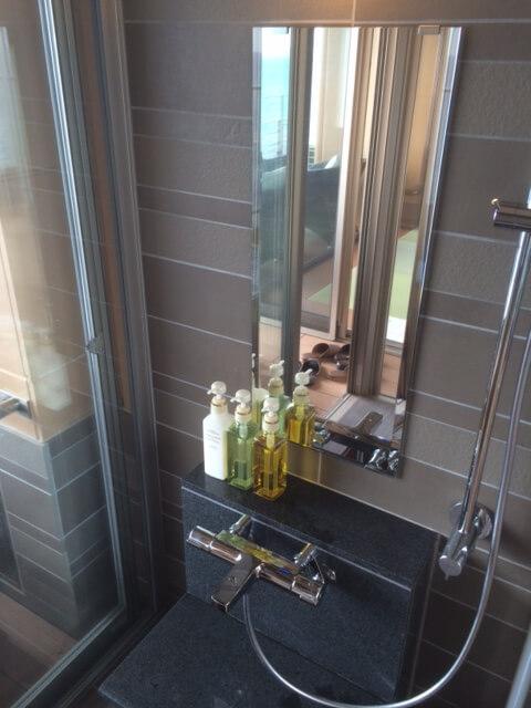 伊豆の高級旅館 いなとり荘潮騒倶楽部 粋客室のシャワー室