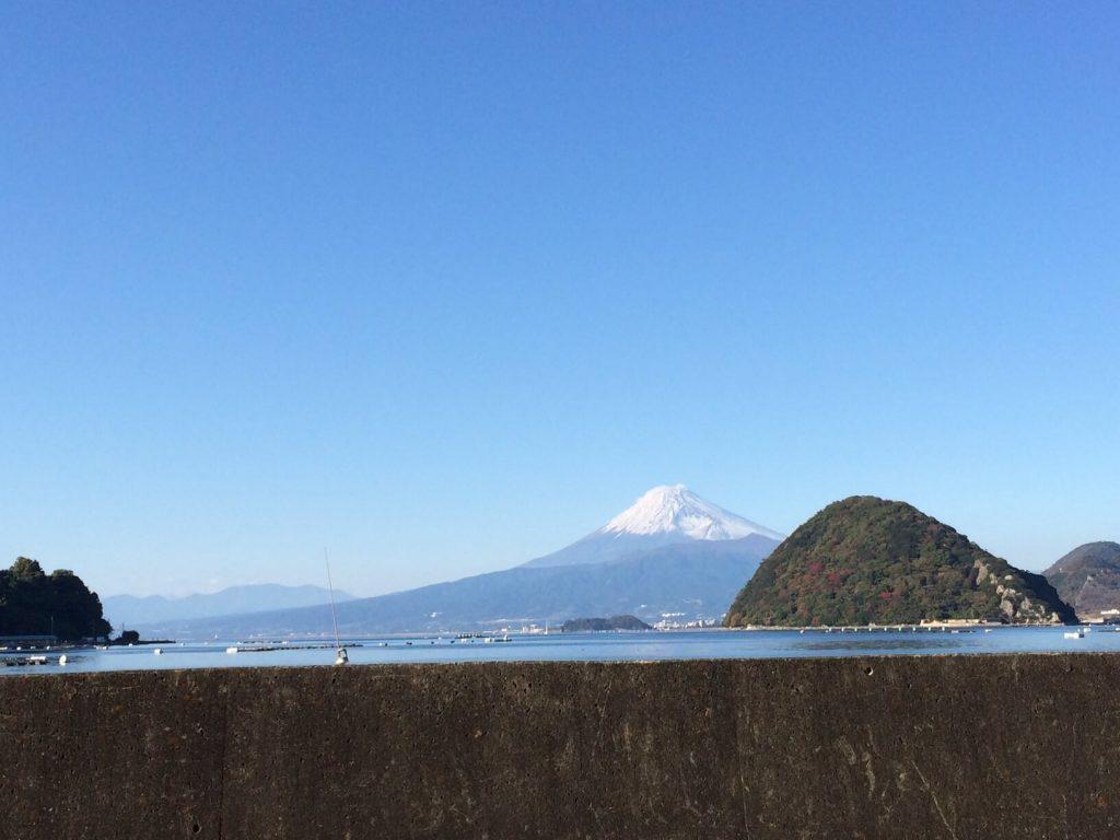 淡島と富士山
