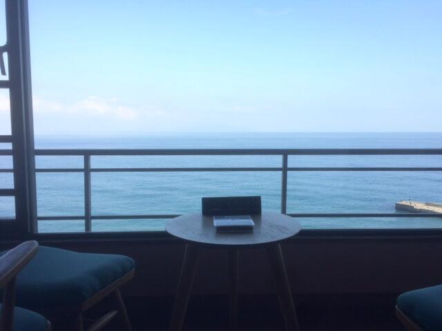 熱川館から海を眺める
