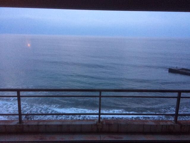 熱川館の夜明け前
