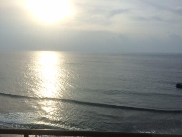 熱川館から見る朝日