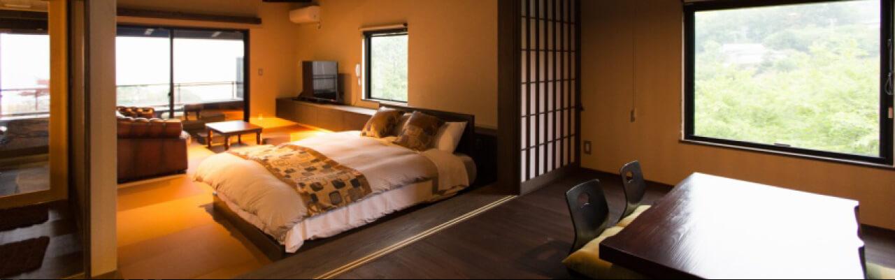 伊豆で誕生日を祝う宿 別邸KUROの客室
