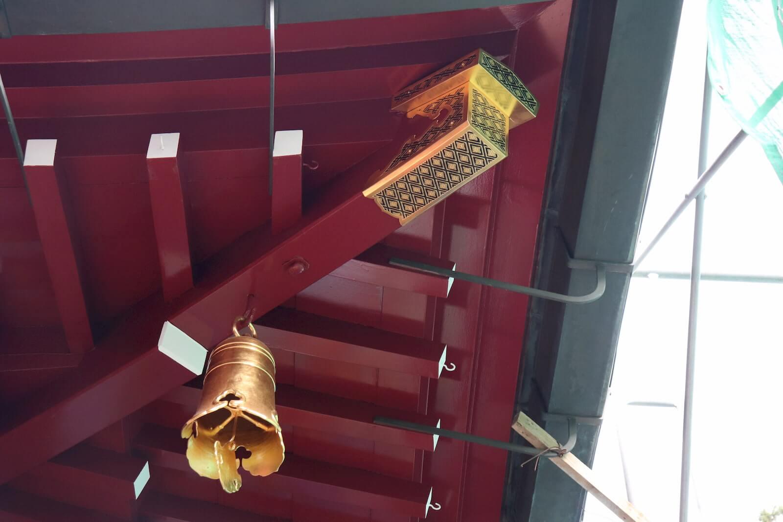 箱根神社の本堂の金具