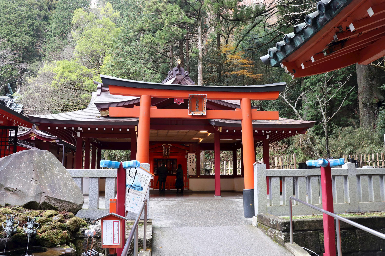 箱根神社の九頭竜神社