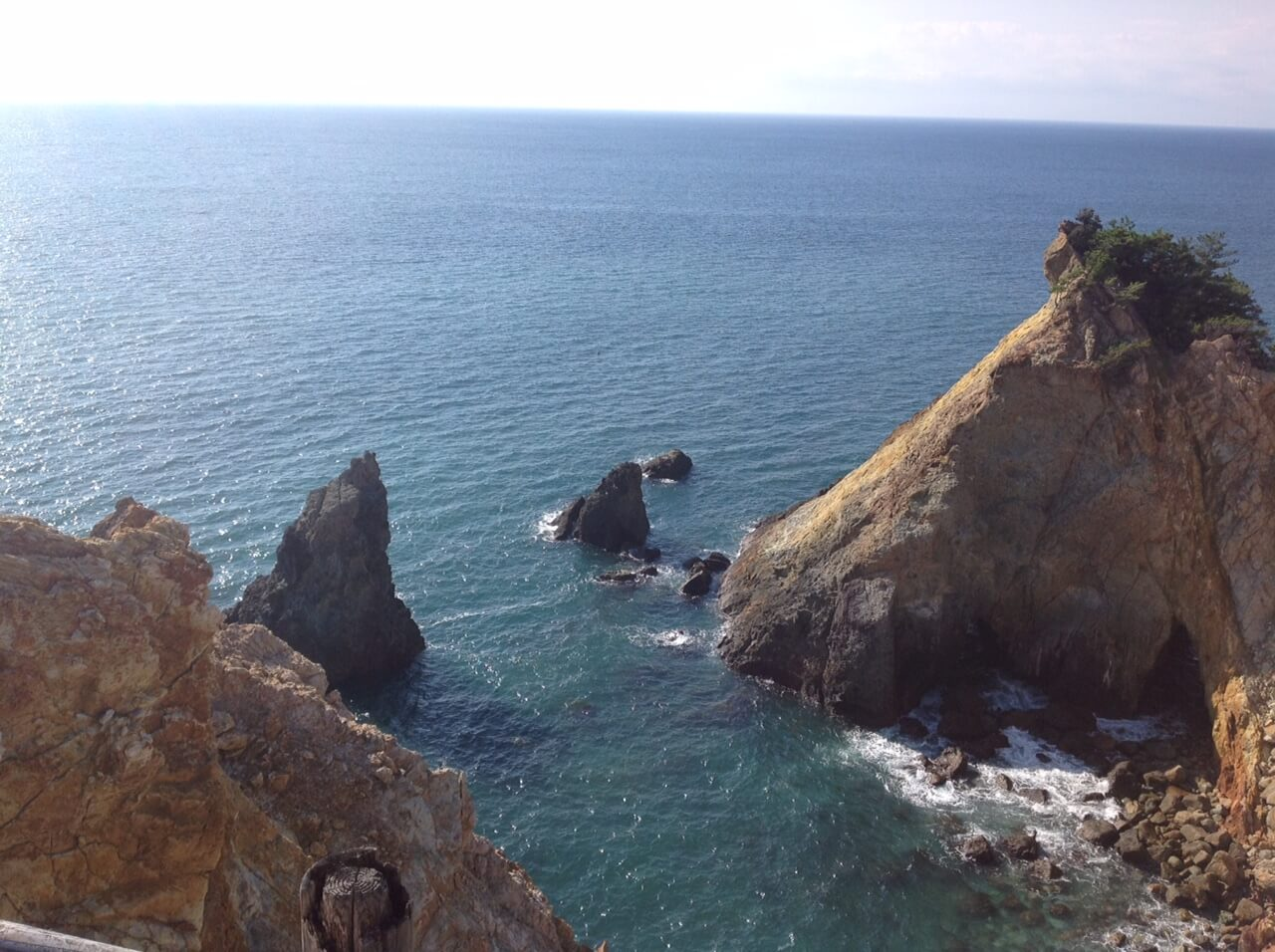 黄金崎と海