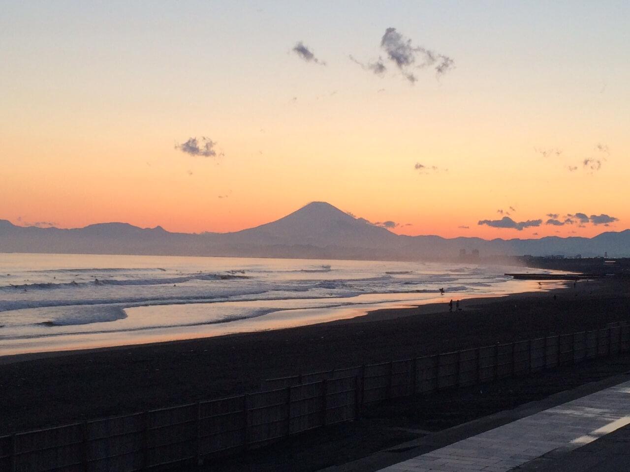 片瀬江ノ島西海岸からの夕陽