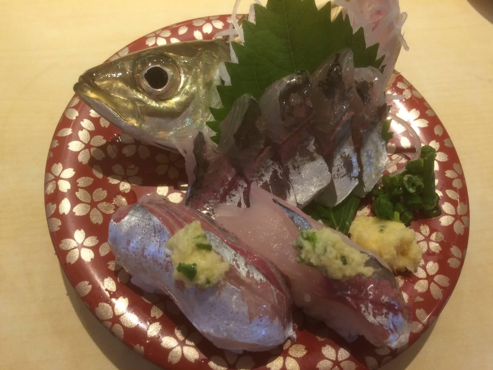 ふじ丸の活けアジ寿司と刺身