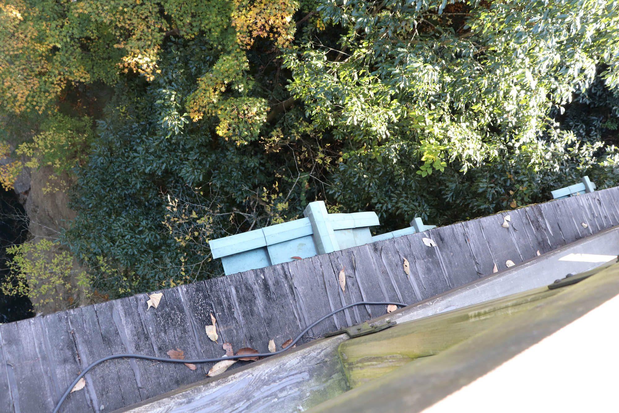 猿橋の上から見える猿橋の土台