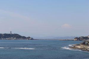 稲村ケ崎公園からの富士山と江ノ島