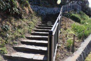 奥へ続く階段