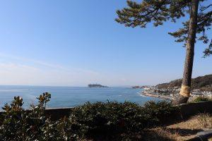 稲村ケ崎公園の奥からの景色