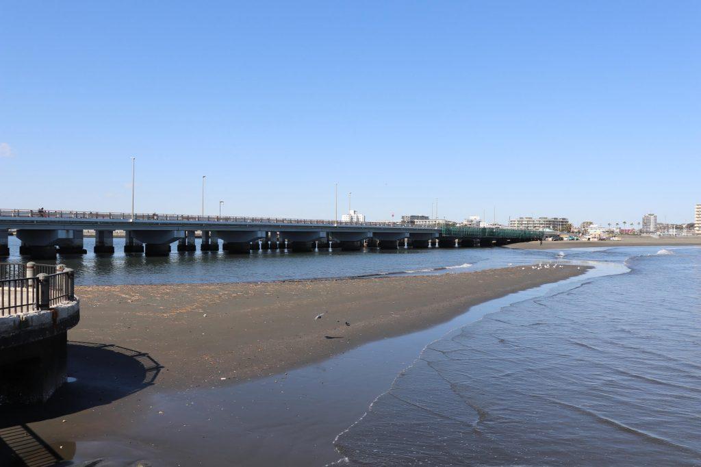 江ノ島へ向かう桟橋