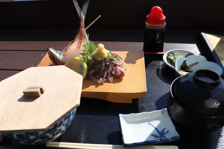 魚見亭の鯵のたたき定食