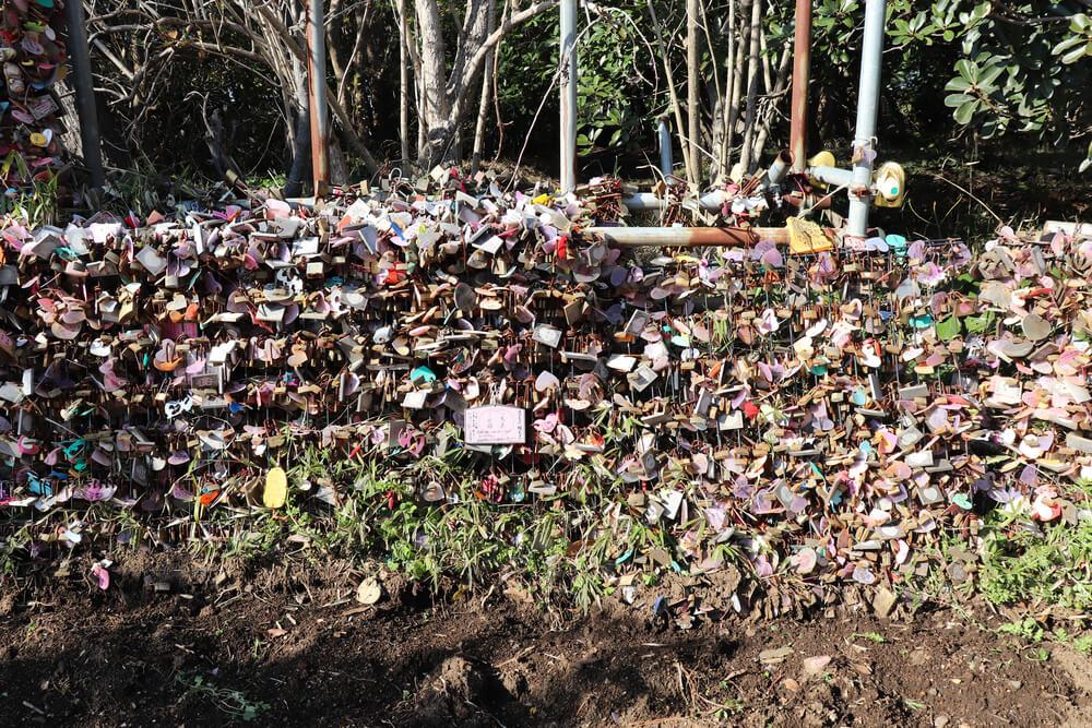 恋人の丘の南京錠