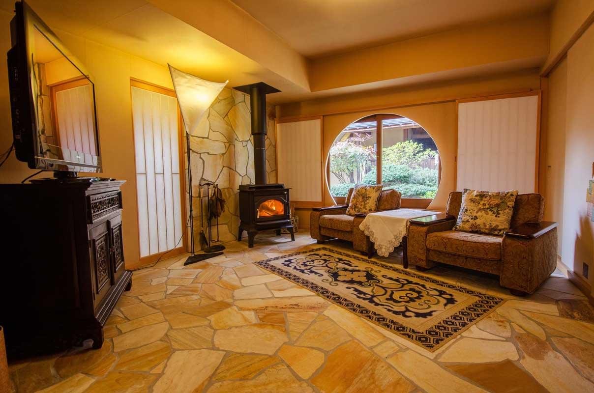 飛騨高山の高級旅館 八ツ三館の客室