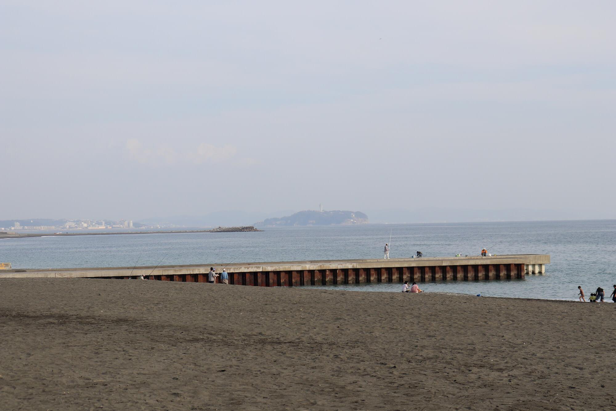 サザンビーチ茅ヶ崎から見える江の島
