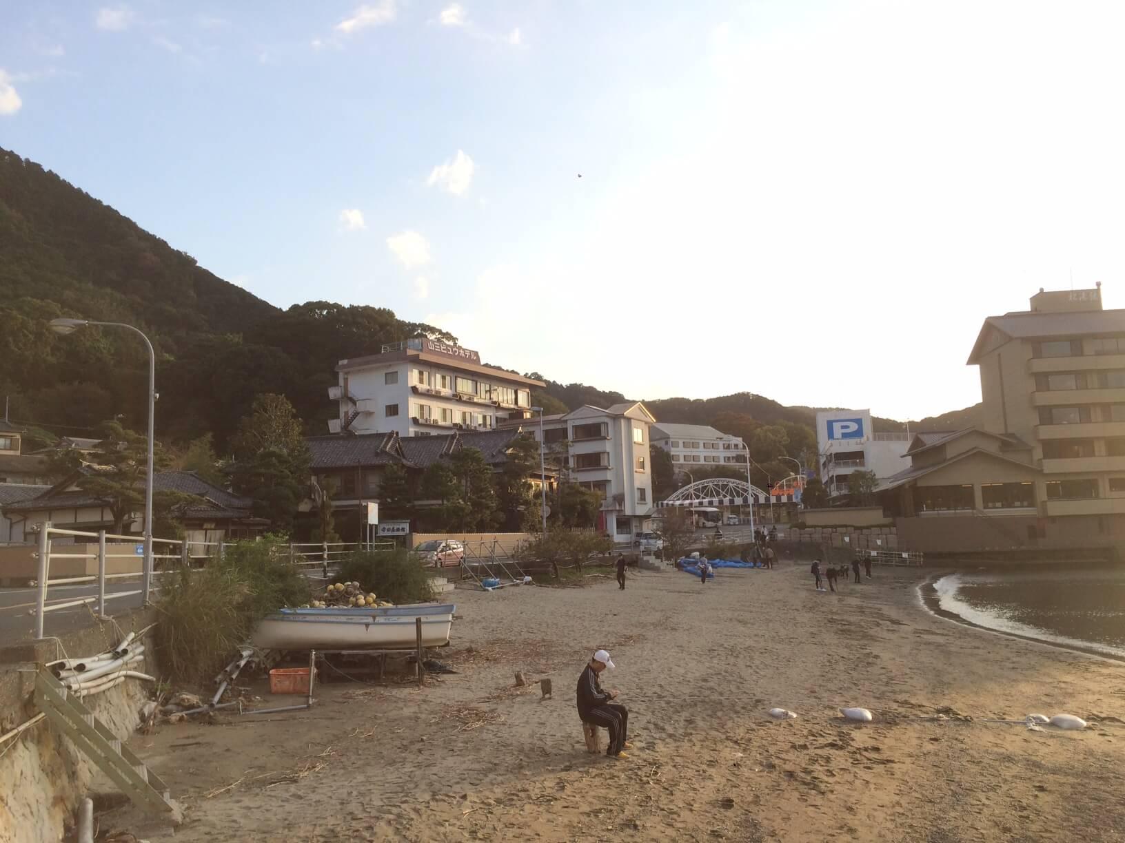 三津海水浴場の海岸線