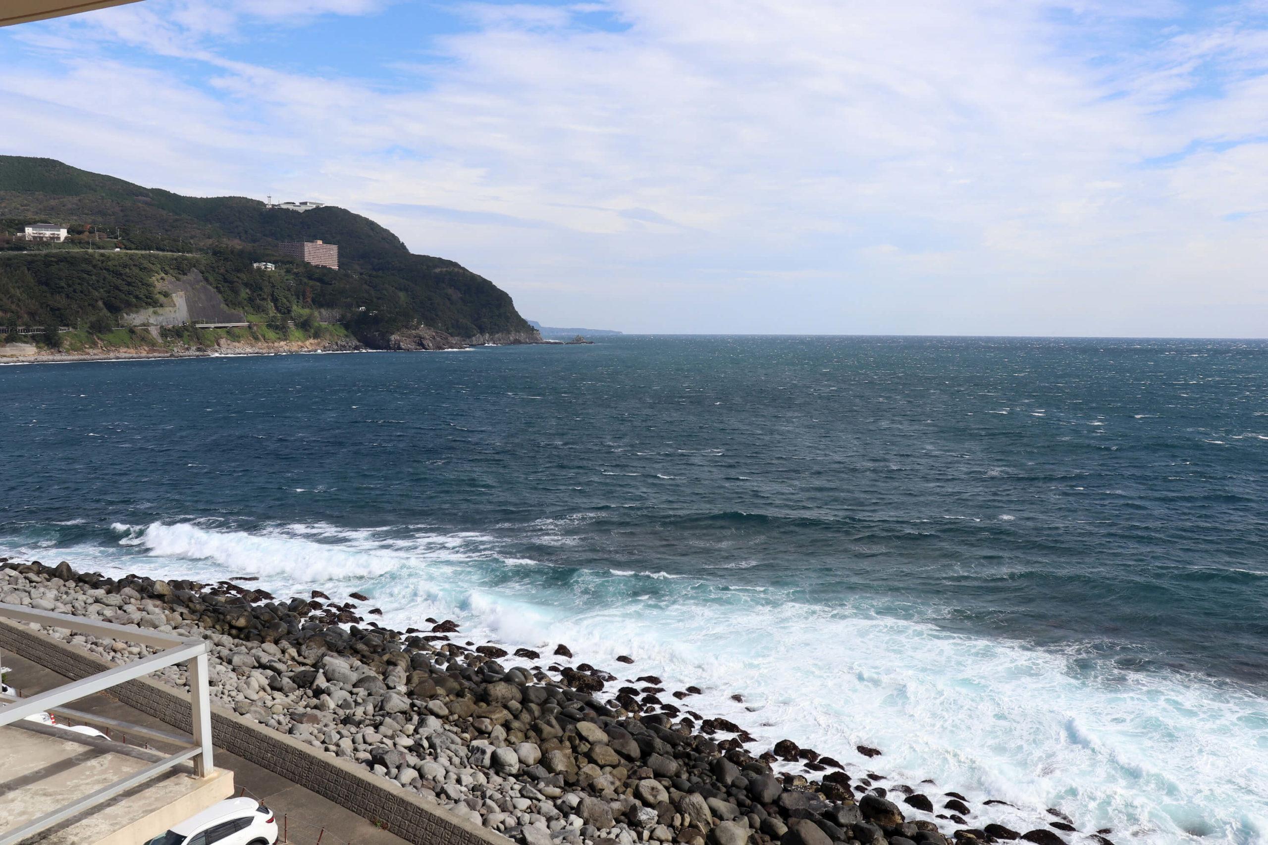 浜の湯から見える絶景の海