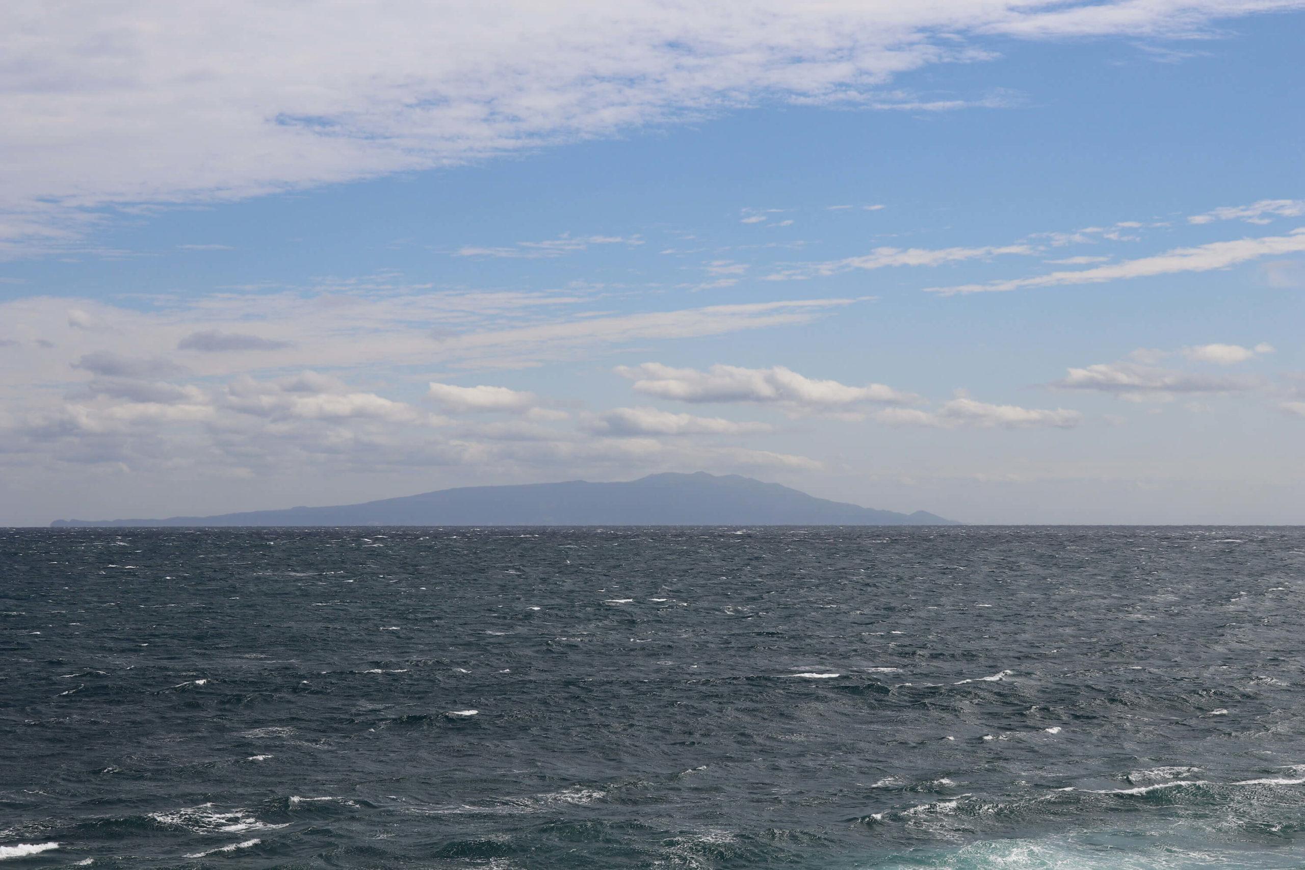浜の湯から見える伊豆大島