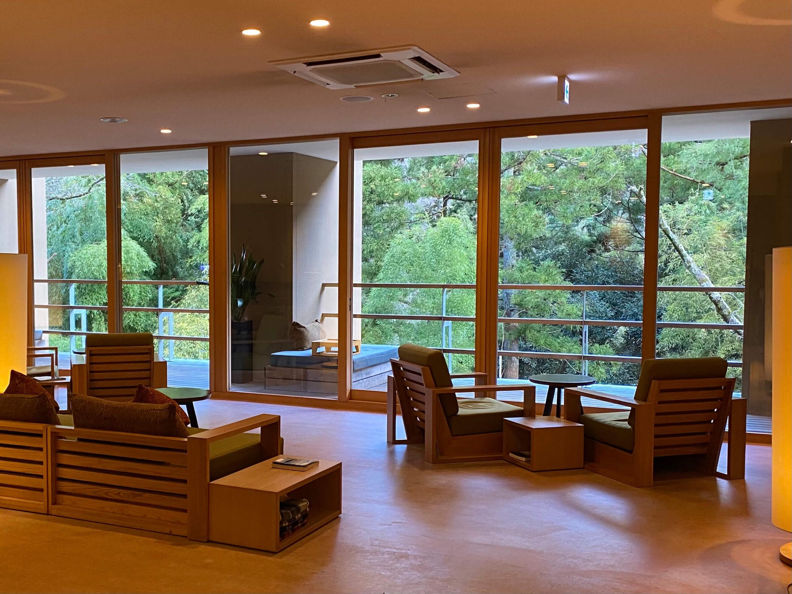 箱根の高級旅館:金の竹塔ノ沢のロビー(慶太ブログ)