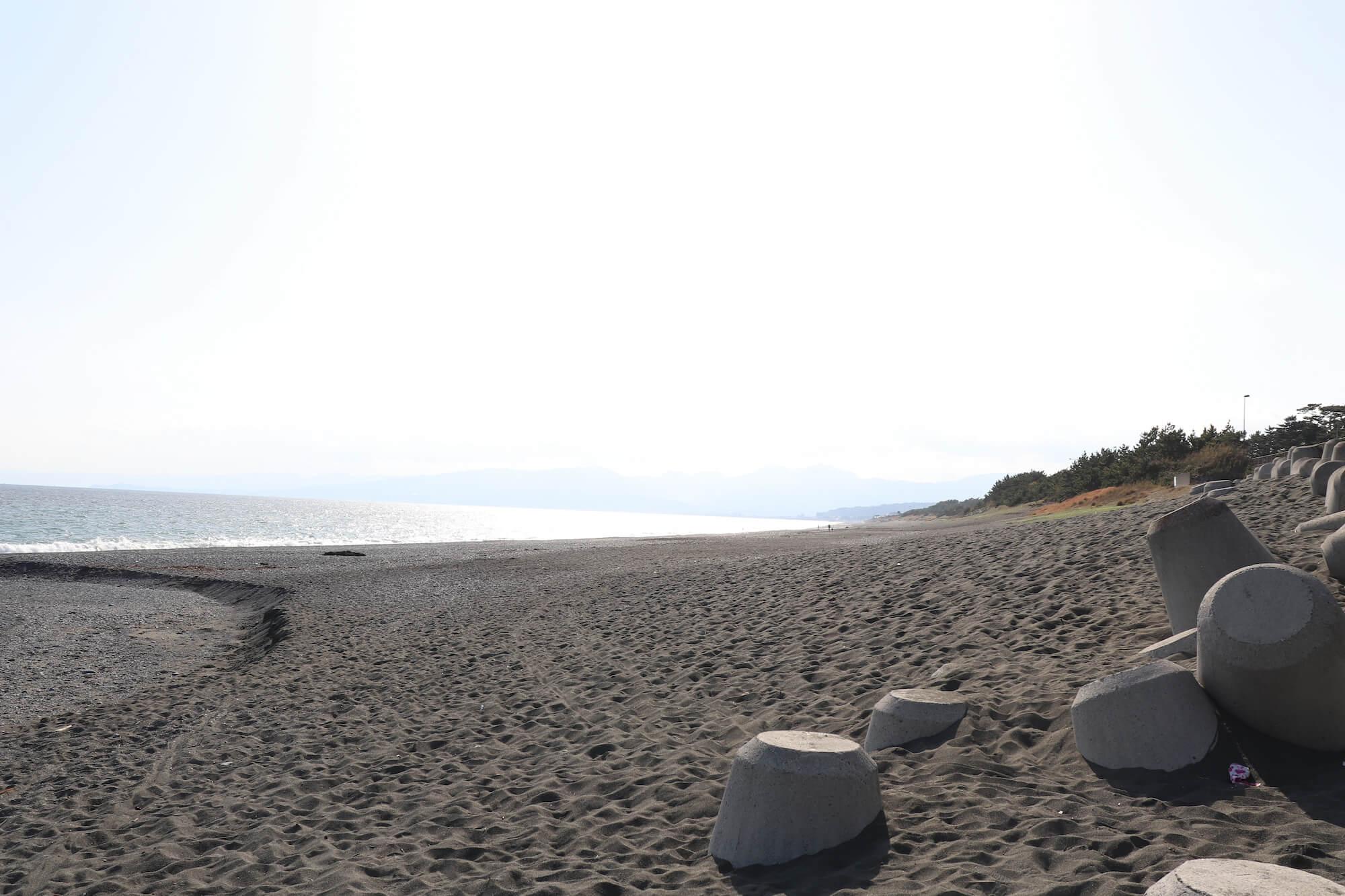 大磯こゆるぎの浜への入口