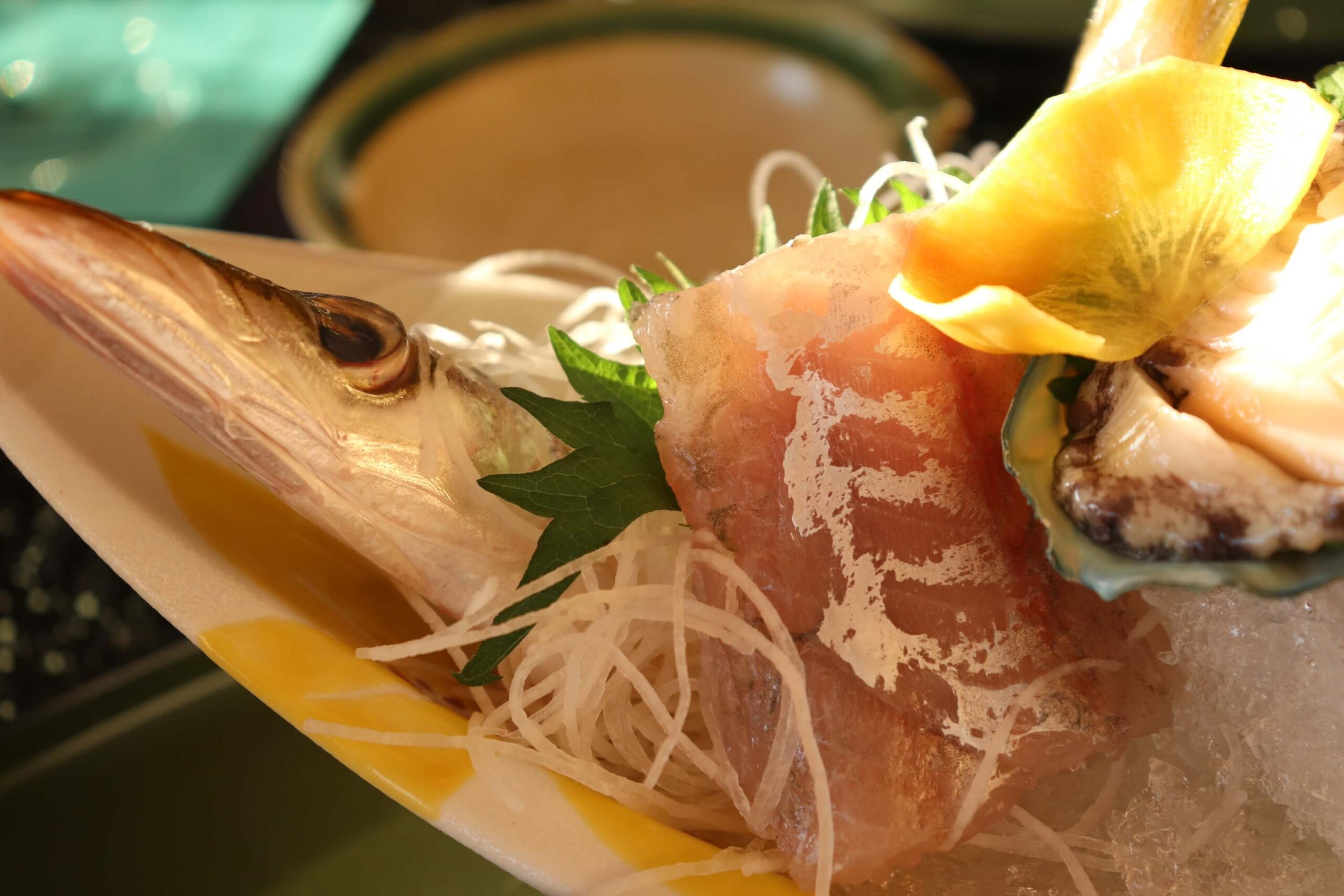 粋松亭の絆会席料理(夕食)のお刺身のかます