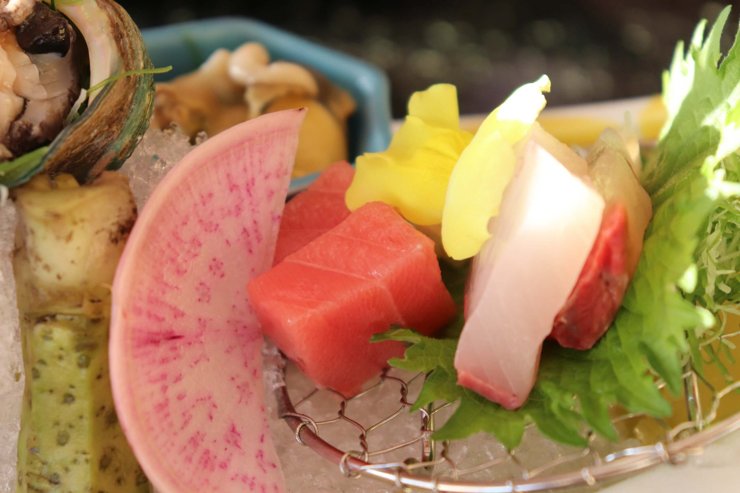 粋松亭の絆会席料理(夕食)のカンパチ