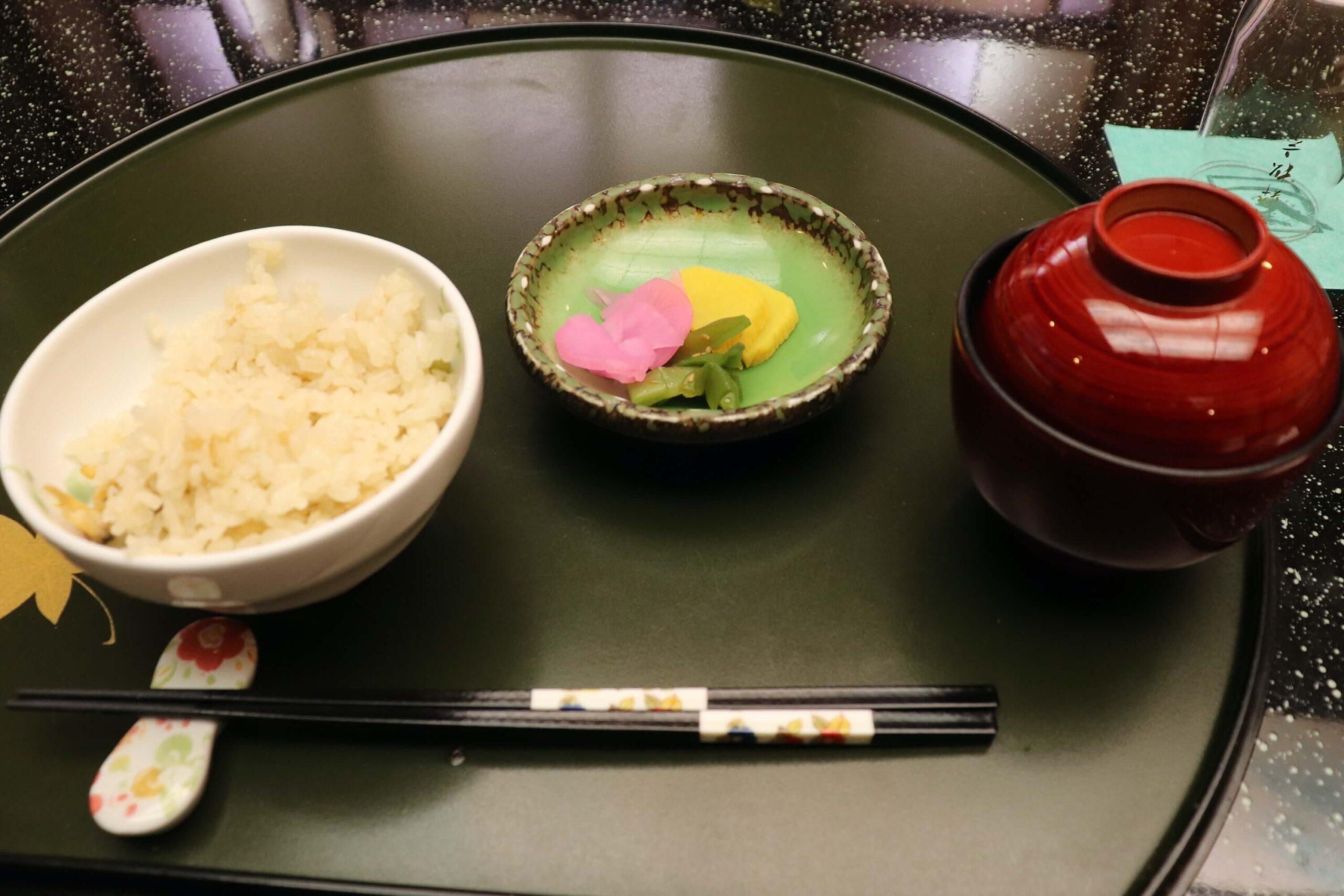 粋松亭の絆会席料理(夕食)のご飯