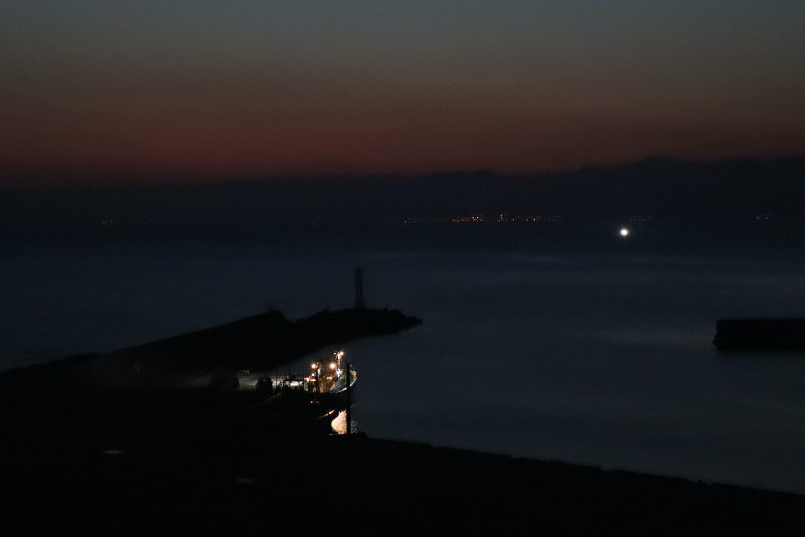 粋松亭の夜の眺め