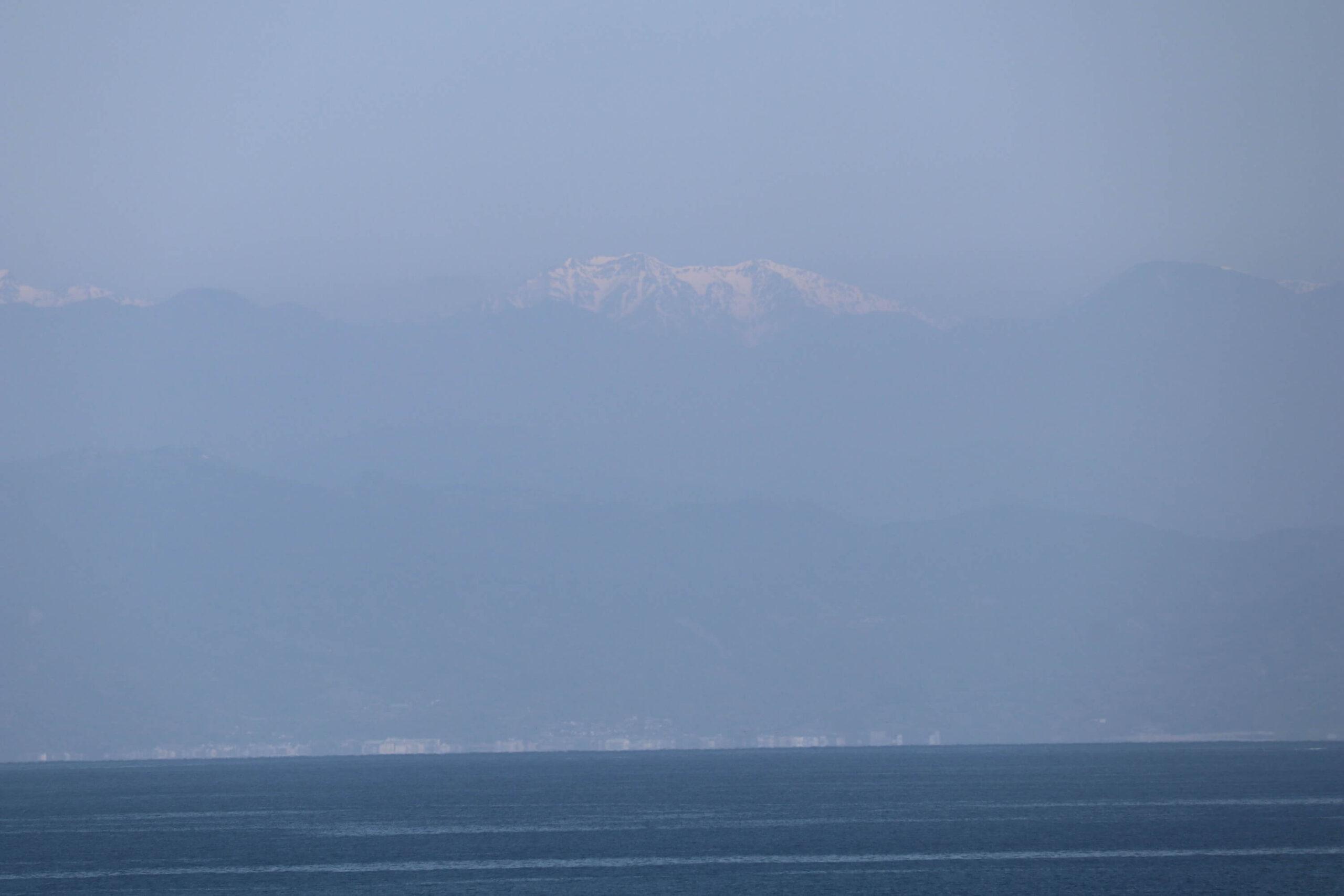 粋松亭から見える南アルプス