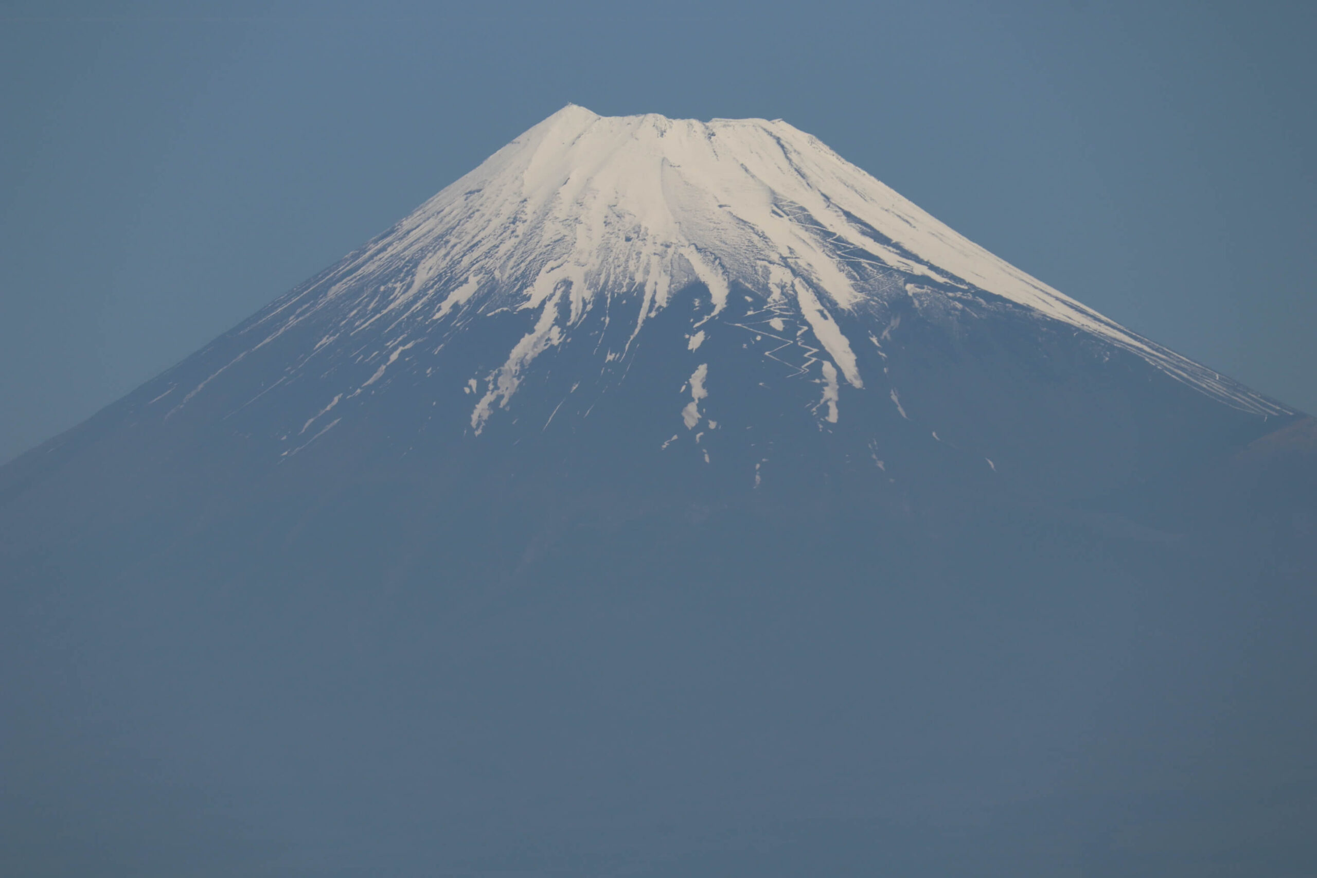 御浜岬から見える富士山