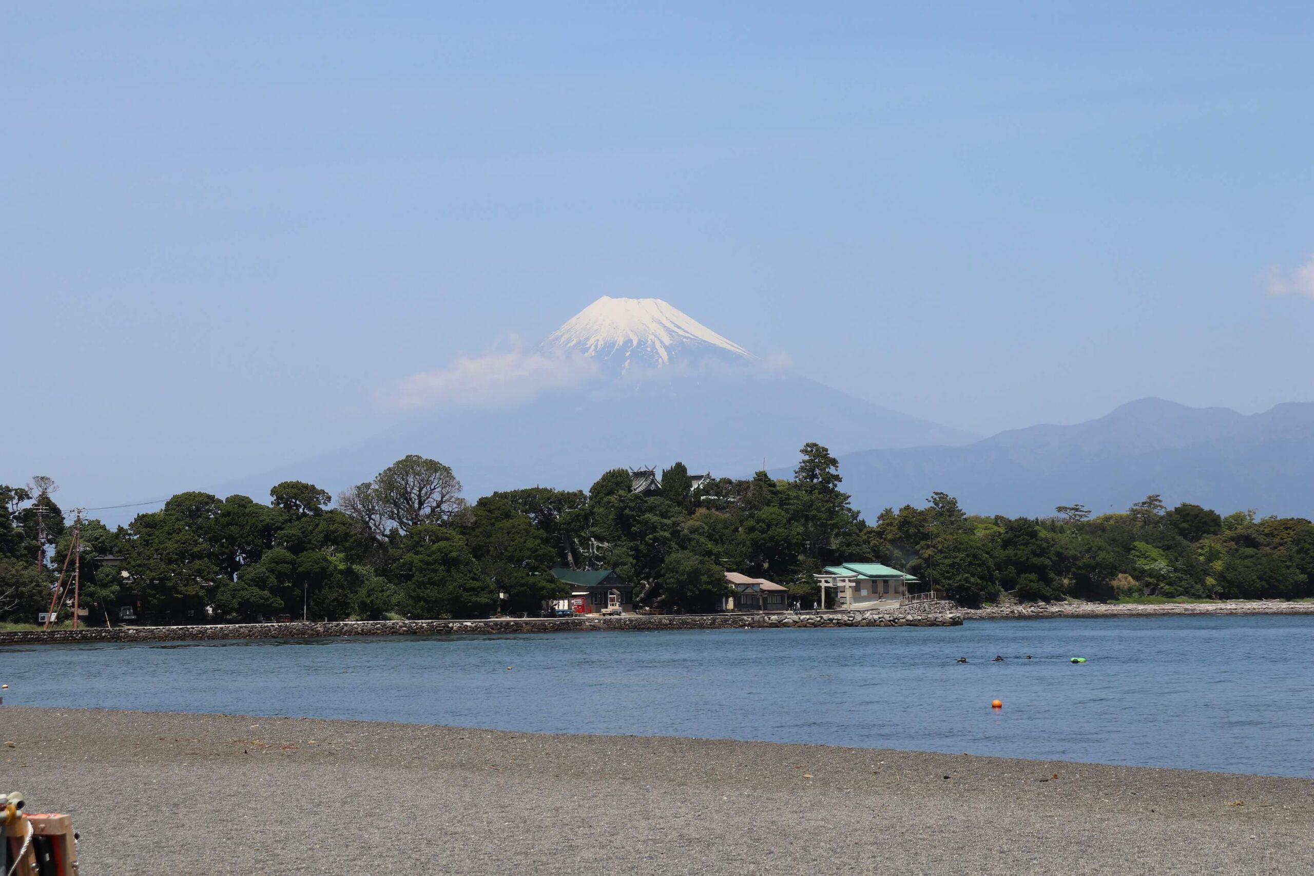 沼津の大瀬崎からの富士山